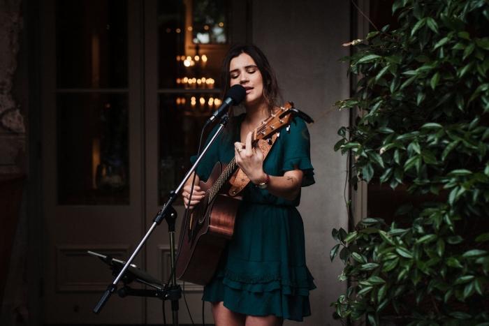 Auckland Wedding musician singing, playing guitar